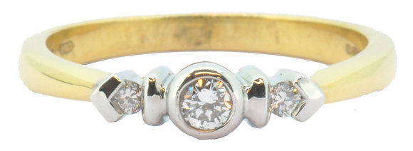 18ct yellow gold 0.14ct diamond ring front view