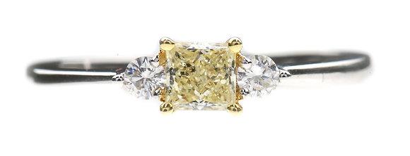 18ct white gold princess cut yellow diamond ring front view