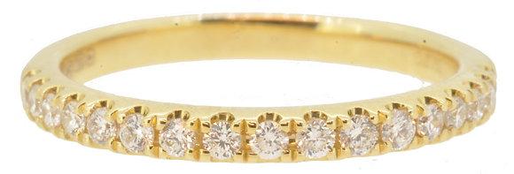 18ct Yellow Gold Diamond Half ET ring frontview