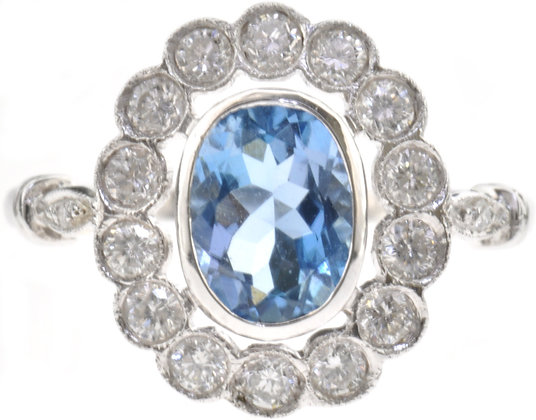 18ct white gold aquamarine and diamond ring front view