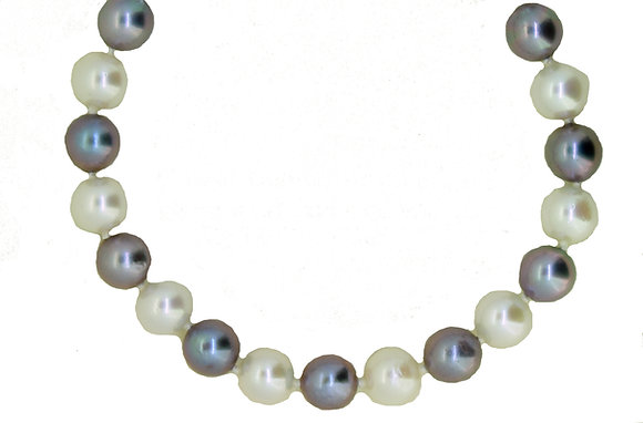 Two Colour Pearl Necklace