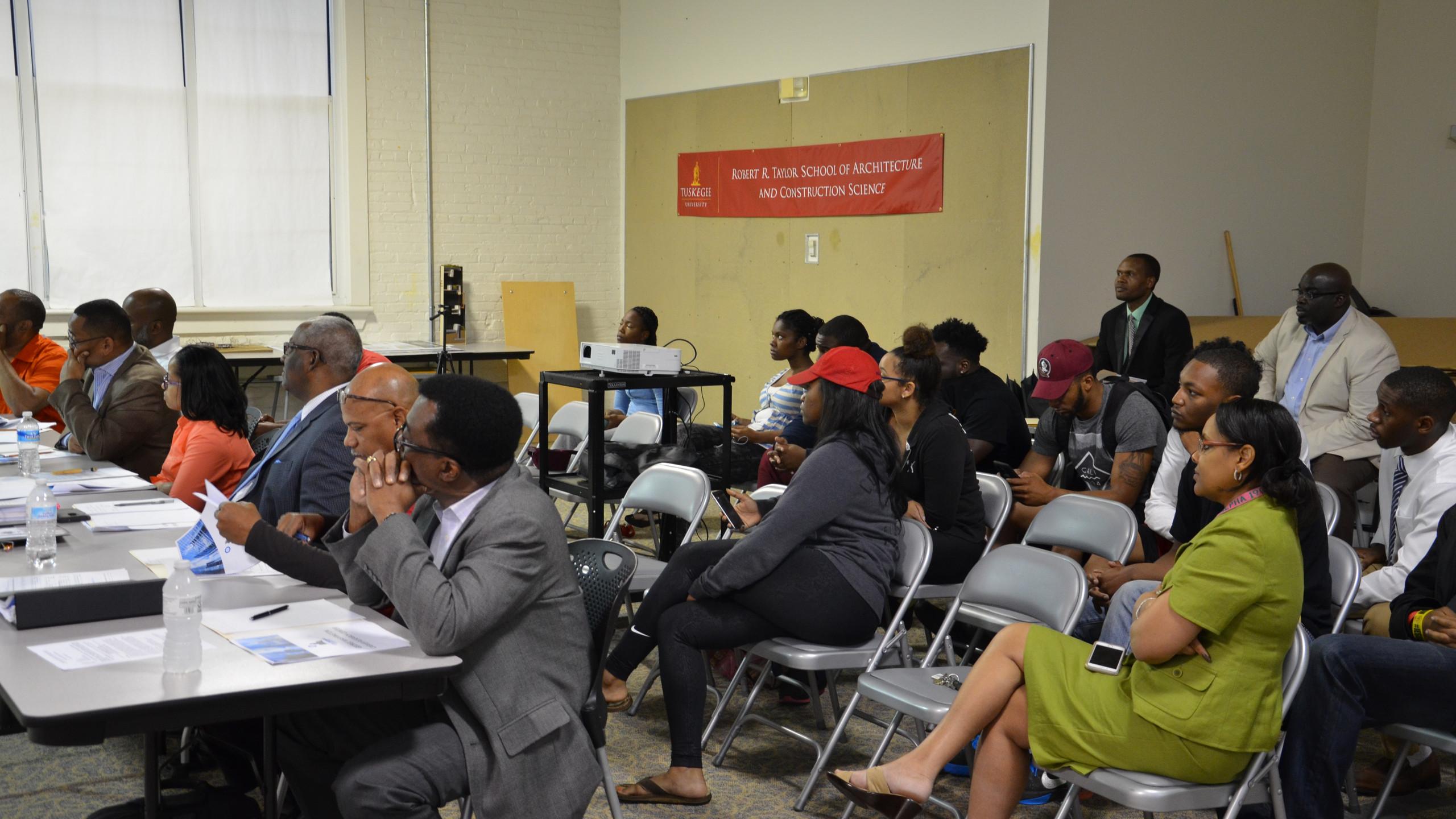 2016 Capstone Presentations Attendees