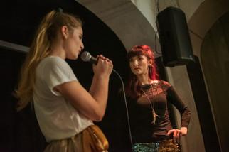 Veronika Lapková (Cink) a Eliška Soukupová (Wendy)