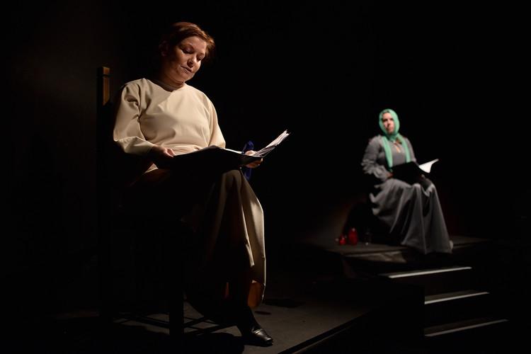 Veronika Bajerová (Alžbětka) a Alena Hladká (Juditka)