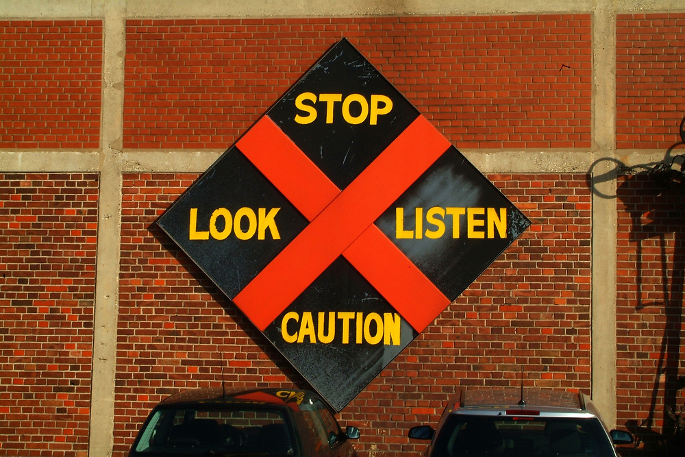 Listen With Caution | Mario Cottman | Control Your Thoughts
