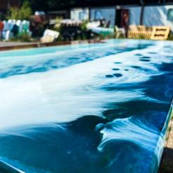 More ocean waves