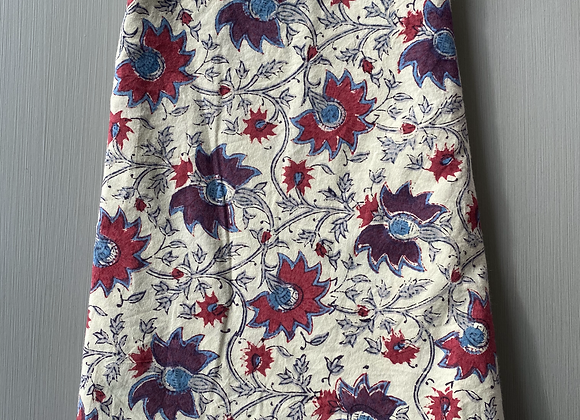 CREAM WITH PURPLE AND RED FLOWERS TABLECLOTH