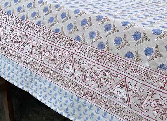 BLUE DAISY ON BEIGE TABLECLOTH