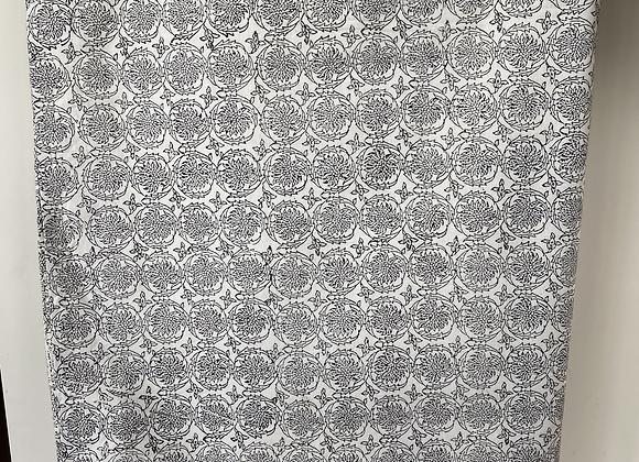 GREY INK PAISLEY TABLECLOTH (360x177cm)