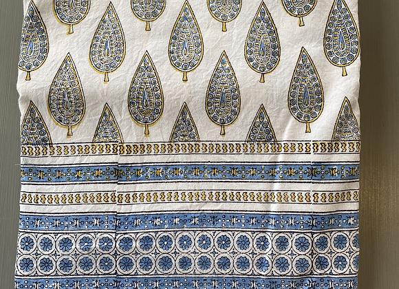 BUTI WHITE/BLUE TABLECLOTH