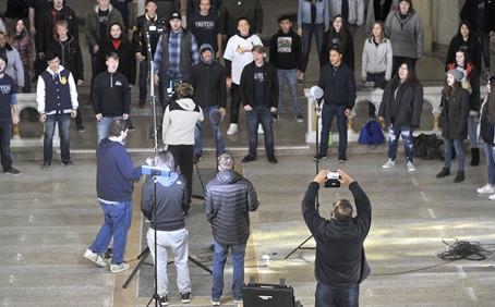 Iowa Choir Says Farewell to Local Church