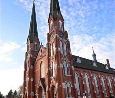 Illinois Church Considers Renovations
