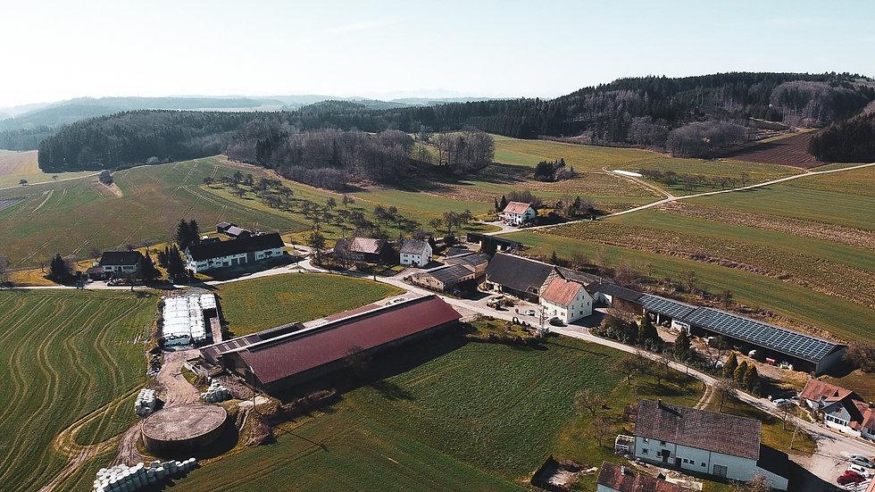 Luftbild Hof.jpg