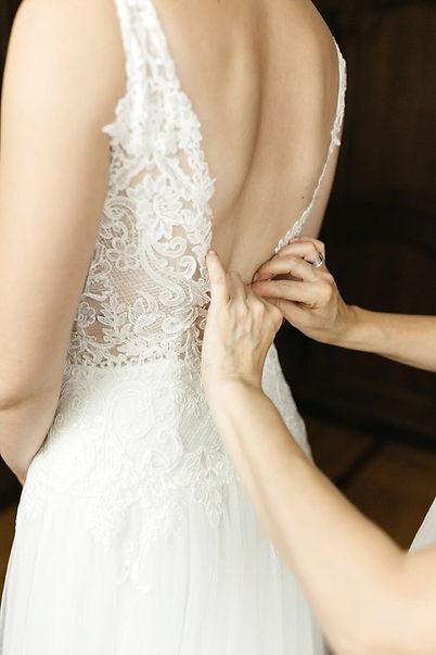 Brautkleid Ankleide