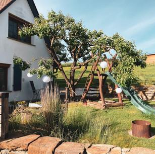 Garten Ferienhaus alt2.jpg