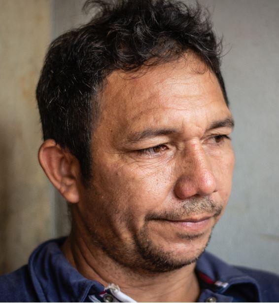 Dilson Cardoso, presidente da Associação Comunitária de Vila do Conde (Foto: Pedrosa Neto/Amazônia Real)