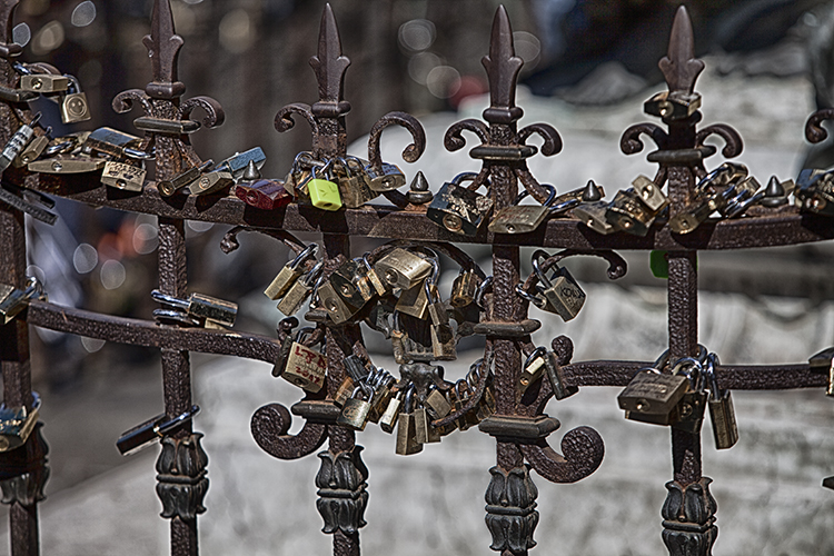 Locks of love on the Ponte Vecchio B