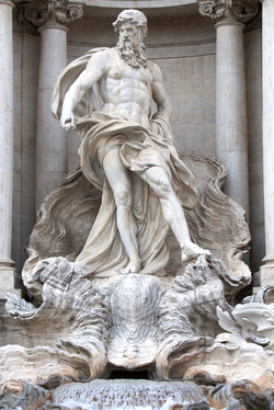 Trevi Statue1