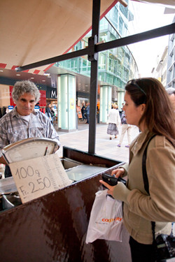 Buying a 100g Bag of chestnuts