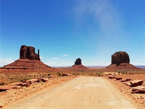 Moument Valley: all'Avventura nella Riserva Navajo