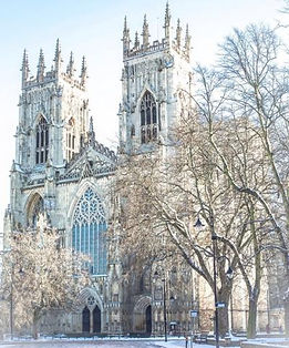 SNOWY CHRISTMAS , YORK MINSTER 2 WEB.jpg