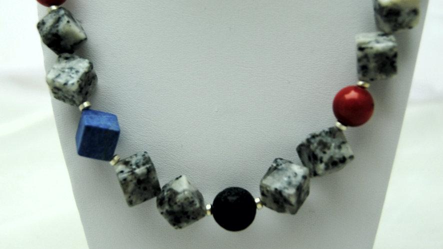 Collier Granit würfelig