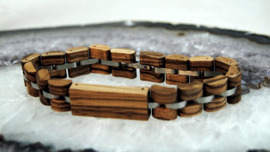 Holzarmband Zebrano mit Namensgravur