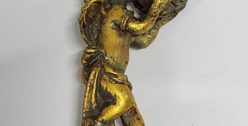 アンティークゴールド天使のキャンドルホルダー