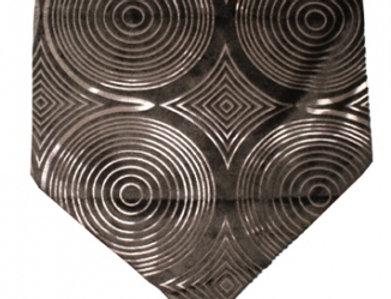 幾何学模様のブラックテーブルランナー