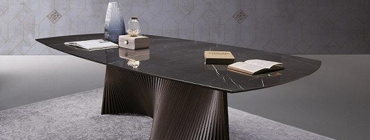イタリア製 セラミックダイニングテーブル