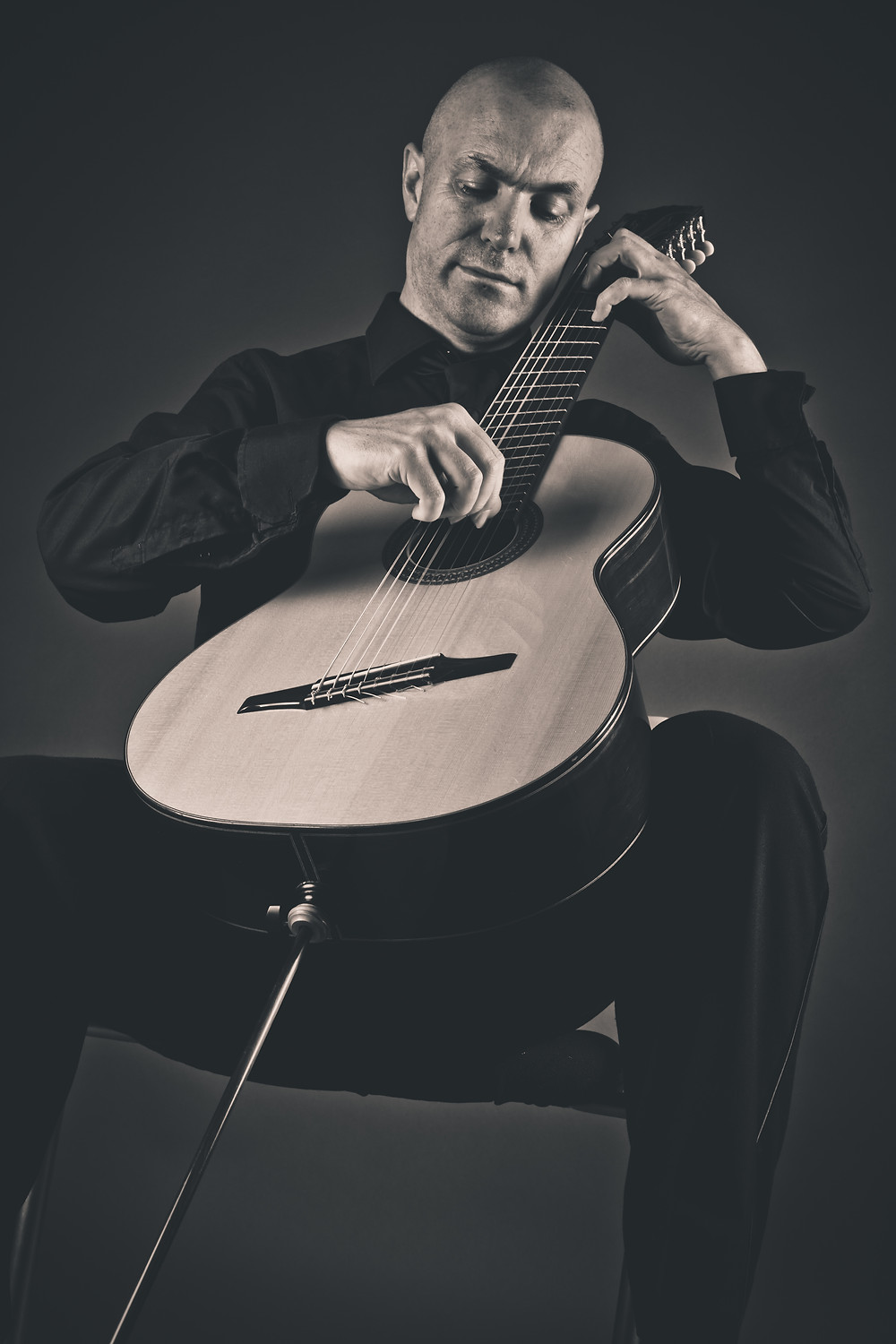 Classical Guitarist Redmond O'Toole performs on Reflections of Molly Bloom