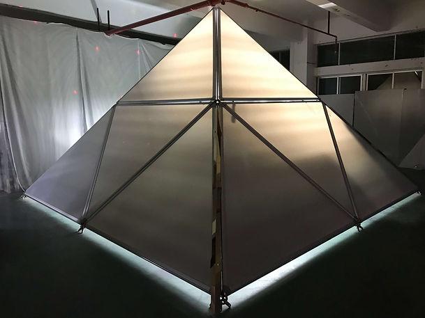 ecocamping pyramid