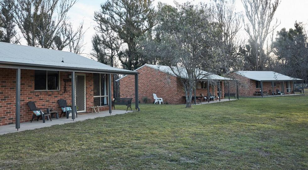 Mogendoura-Cottages.jpg