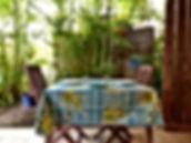 bungalow bleu coin repas.jpg