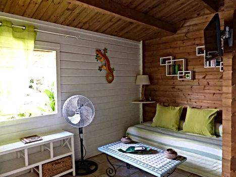 bungalow vert salon 2.jpg