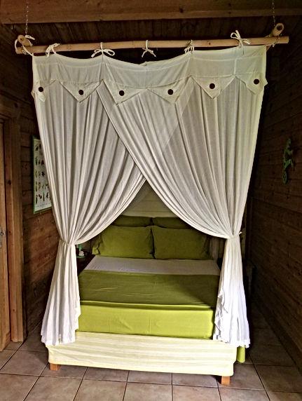 bungalow vert chambre.JPG