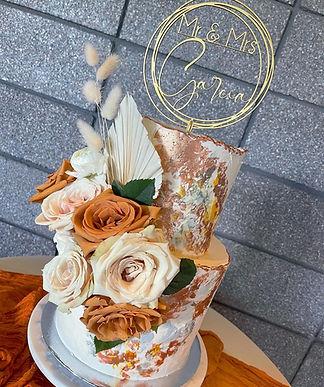 Tiered Bronze & Grey wedding cake