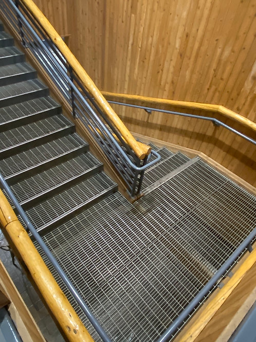 staircase 2002163
