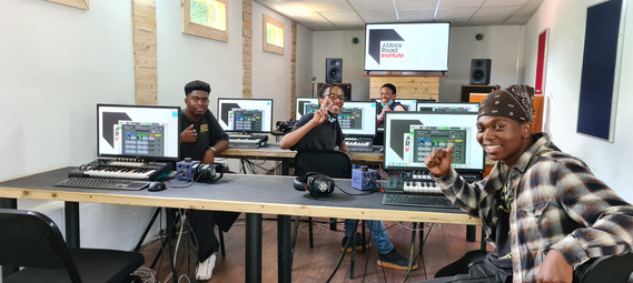 PR - DiGiGrid and Education Come Together at Abbey Road Institute in Jo'Burg