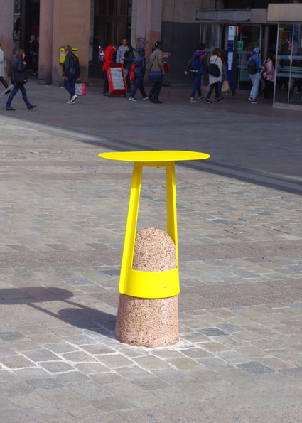 AdriAn Blanc Boll Table.jpg