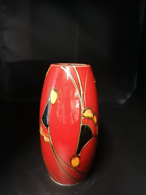 17cm trial vase hand painted with gold detail abstract fan stlye design