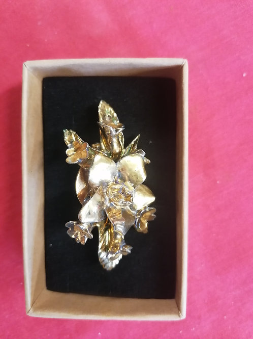 In Stock real gold lustre pottery 5cm  poppy brooch stunning detail