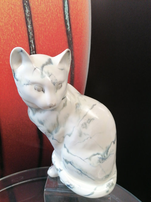 Made to order marble 22cm sitting cat stunning