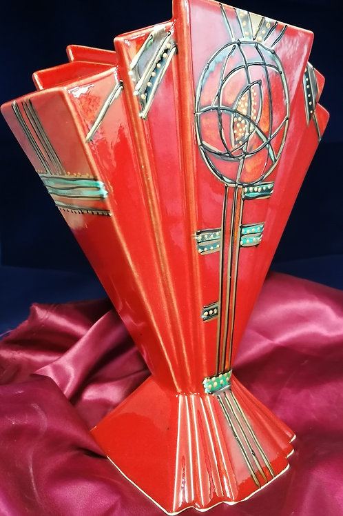 Made to order 25cm Fan vase handpainted