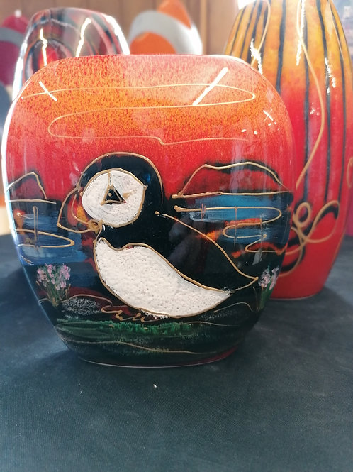 Made to order New 10cm Puffin Island vase handpainted in stock now!
