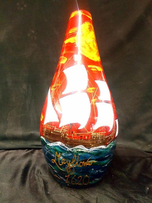 Mayflower 1620  41cm vase