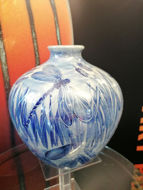 Wow in stock large round vase 24x24cm handpainted in blue,lustre and tubing