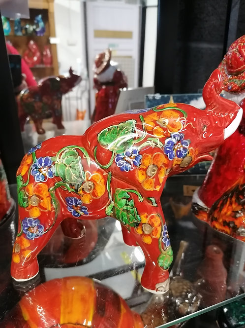 Garland elephant beautifully painted approx 8ins across