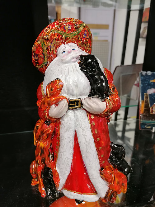 Stunning 22cm  Santa with puppies handpainted with intricate detail