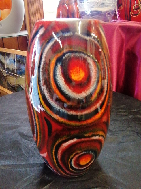 Made to order 17cm skittle vase trial of our Labyrinth design in stock now